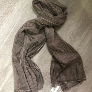 Textured lightweight scarf-taupe color,pleats&mesh